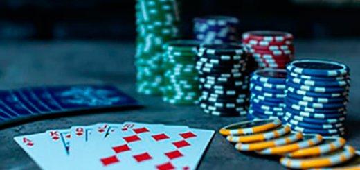 Jogo de poker com famosos